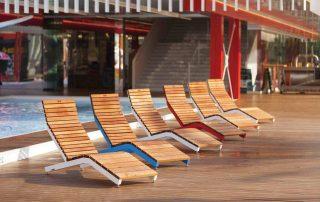 Chaises longues en bois exotique, personnalisables et sur mesure, avec choix des matériaux et des coloris